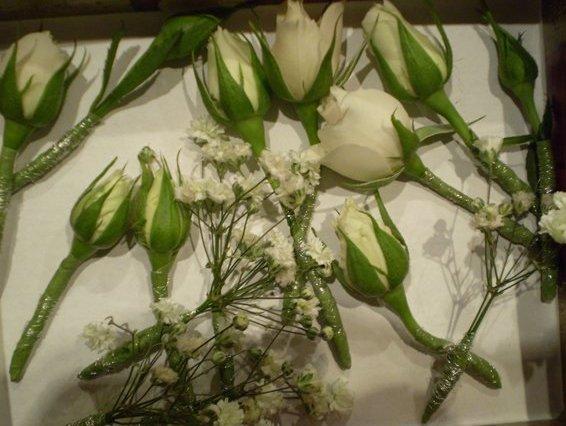цветы в прическе