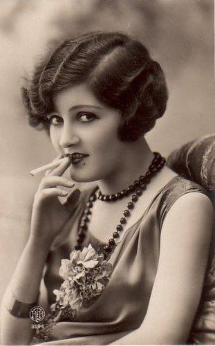 Прическа в стиле 30-х годов