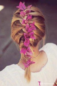 Французская коса с цветами