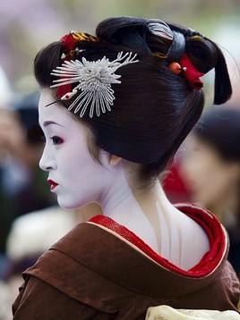 Традиционная японская прическа