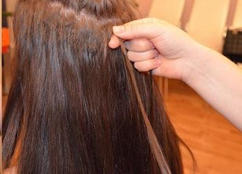 Как снять нарощенные волосы?