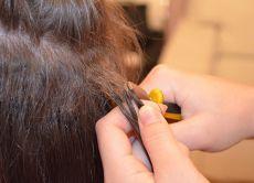 Снятие нарощенных волос в домашних условиях