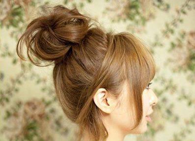 Небрежный пучок из волос 6