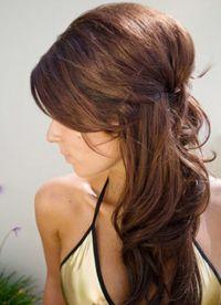 Прическа бабетта с распущенными волосами