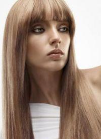 Распущенные волосы с челкой